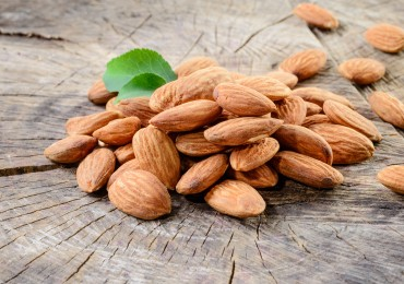 Almonds – The Candida Diet Superfood